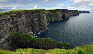 8_Cliffs_of_Moher_Walking_Hiking_Ireland